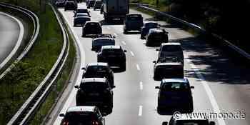 Zwei schwere Unfälle: Ein Toter, Frau in Lebensgefahr: Chaos und Vollsperrung auf A7 - Hamburger Morgenpost
