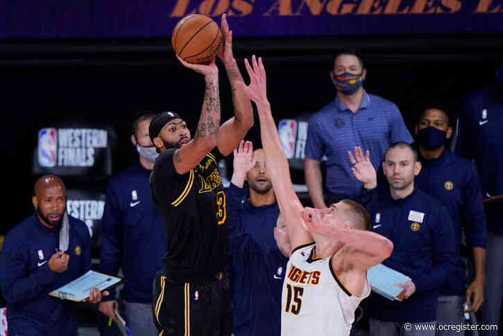 On stunning Anthony Davis game-winner, Lakers top Nuggets in Game 2