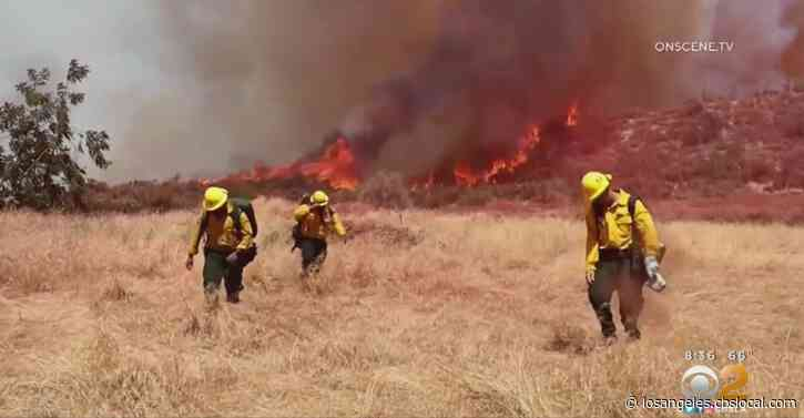 Firefighters Continue To Battle Growing El Dorado Fire In San Bernardino County