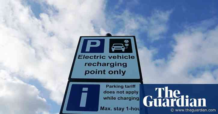 UK plans to bring forward ban on fossil fuel vehicles to 2030