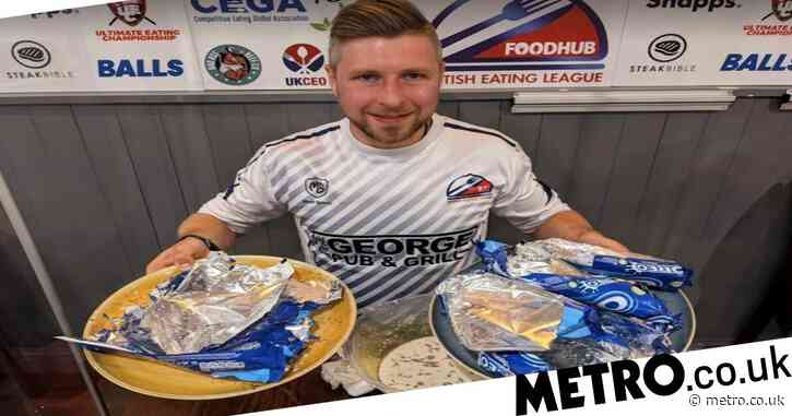 Man smashes world record by eating 141 Oreos in five minutes