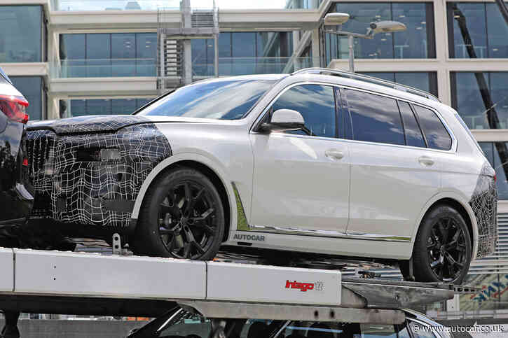 2022 BMW X7: restyled front end shown in new images