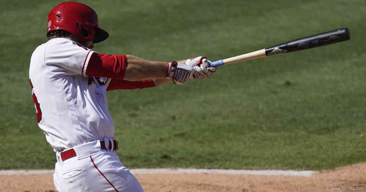 Jared Walsh continues torrid stretch with a grand slam in Angels' win over Rangers