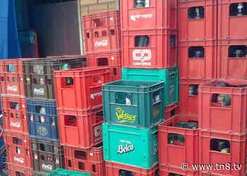 Decomisan cajas de cervezas extranjeras en San Pedro Sula - TN8.tv
