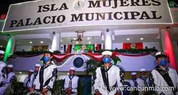 """Histórica ceremonia del """"grito"""" en Isla Mujeres - Cancún Mio"""