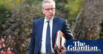 Coronavirus: work from home if you can, says Gove in government U-turn - The Guardian