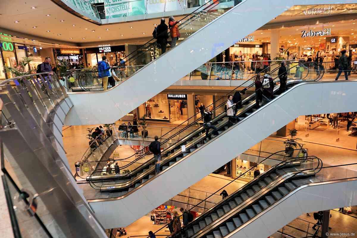 Handelsverband will Sonntagsöffnungen einklagen (WELT)