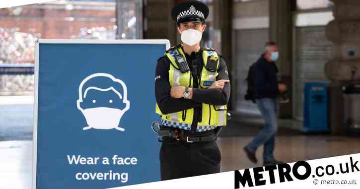 Face masks compulsory in pubs and restaurants unless you're sat eating or drinking