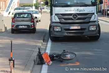 """Bejaarde fietser opgeschept op steenweg: """"Ik kan alleen maar hopen dat hij het haalt"""""""