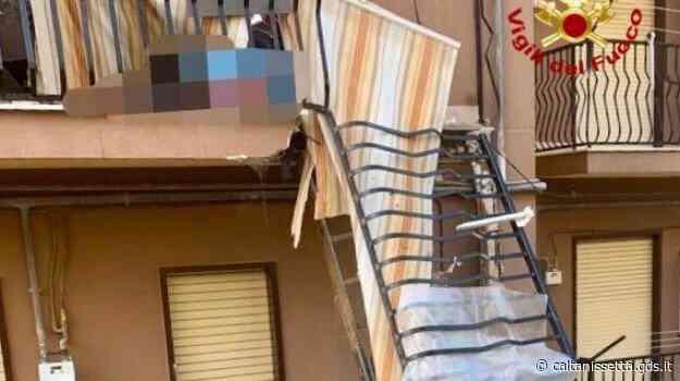 Crolla un balcone a Caltanissetta, ferita una donna che stava sotto - Giornale di Sicilia