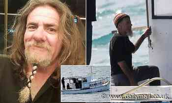 Debris found in ocean off South Australia during second search for fisherman Tony Higgins