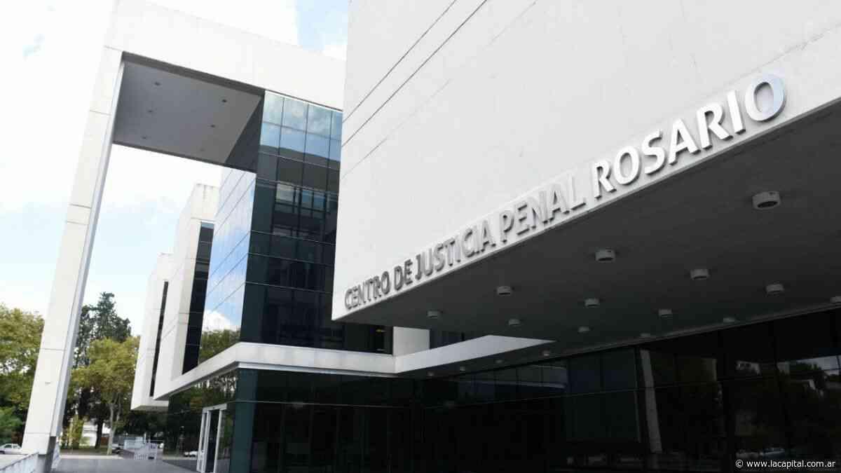 Lo condenan por violar a una mujer en el centro de Rosario - La Capital