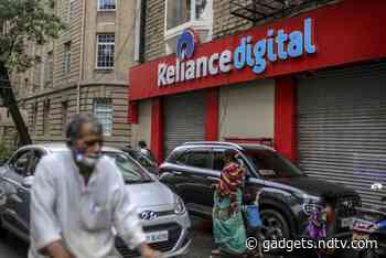 Reliance Says KKR to Invest $755.1 Million in Retail Arm