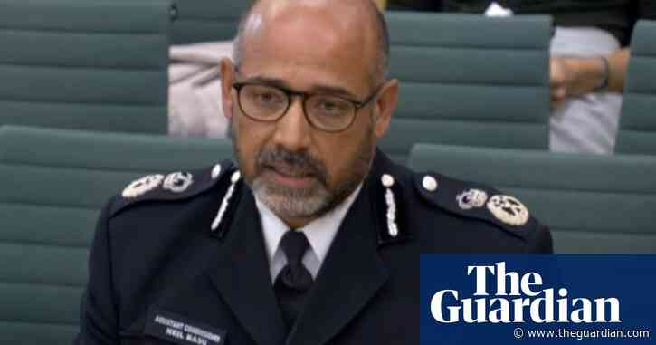 Children showing interest in extremism, says senior officer