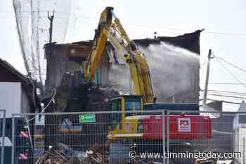 Reality TV crew starts South Porcupine bar demolition (3 photos) - TimminsToday