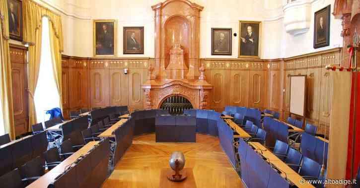 Il nuovo Consiglio comunale di Bolzano, solo 10 donne su 45 - Alto Adige