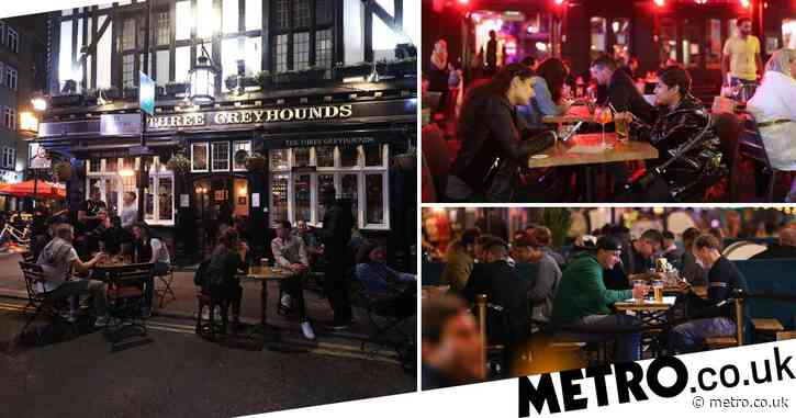 Pubs open past 10pm for final time before 'six month' curfew starts