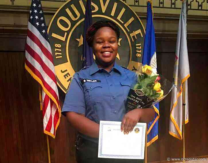 Bond set at $15,000 for officer criminally charged in shooting death of Breonna Taylor