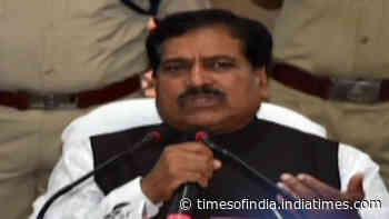 Minister of State for Railways Suresh Angadi passes away due to Covid-19