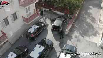 Furto in un parcheggio privato, rubano due auto e aggrediscono custode per guadagnarsi la fuga: tre arresti - FoggiaToday
