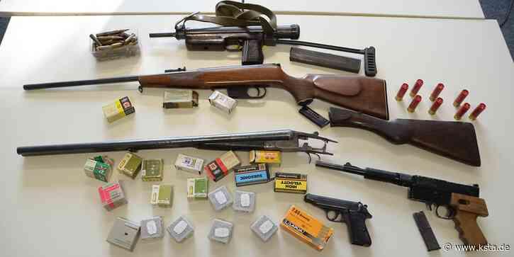 Illegale Waffen gefunden: 61-Jähriger aus Much wollte Maschinenpistole verkaufen - Kölner Stadt-Anzeiger