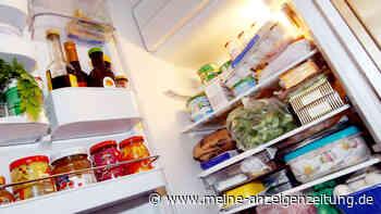 """Frau räumt Kühlschrank auf seltsame Art ein - Reddit-Nutzer verdutzt: """"Faulheit hat ein neues Level erreicht"""""""