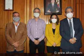Toman protesta a Juan José Tena García como representante de la Sociedad Civil Organizada, en Secret - Altorre
