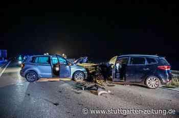 B464 zwischen Grafenau und Magstadt - Zwei Schwerverletzte nach Frontalzusammenstoß - Stuttgarter Zeitung