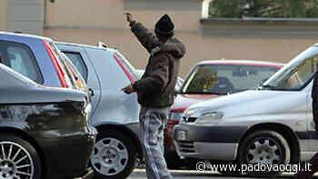 Camposampiero: denunciati dalla polizia locale due parcheggiatori abusivi - PadovaOggi