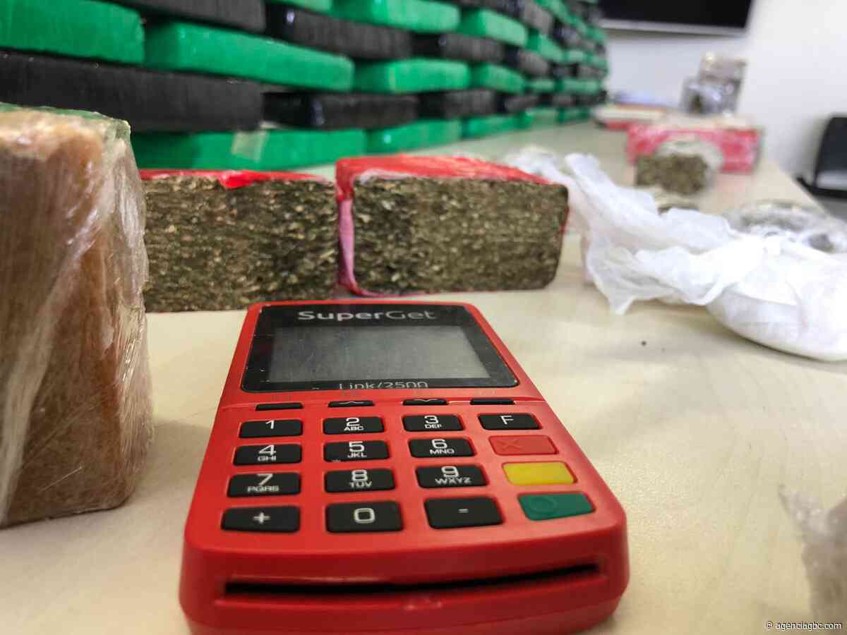 Traficantes de Esteio vendiam drogas no cartão de crédito e ainda parcelavam - Agência GBC