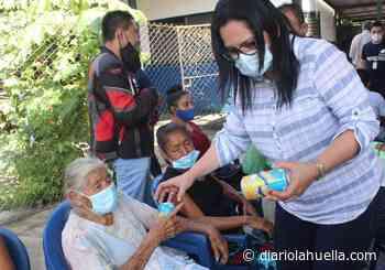Denuncian campaña adelantada de alcaldesa de ARENA en Cuscatancingo regalando laminas y Kolashampan - Diario La Huella