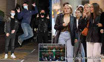 Coronavirus England: People hit pubs before first 10pm curfew