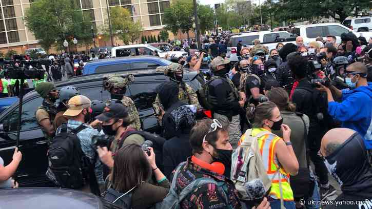 Protesters Confront Armed Militia in Louisville