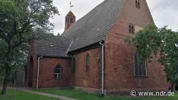 Brandstiftung an mittelalterlicher Kapelle in Wolgast - NDR.de