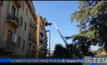 Caltanissetta, demolizione palazzo viale Amedeo: nuovo macchinario - il Fatto Nisseno