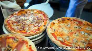 Tiefkühlpizza wird in der Pfanne super lecker - einfacher Trick