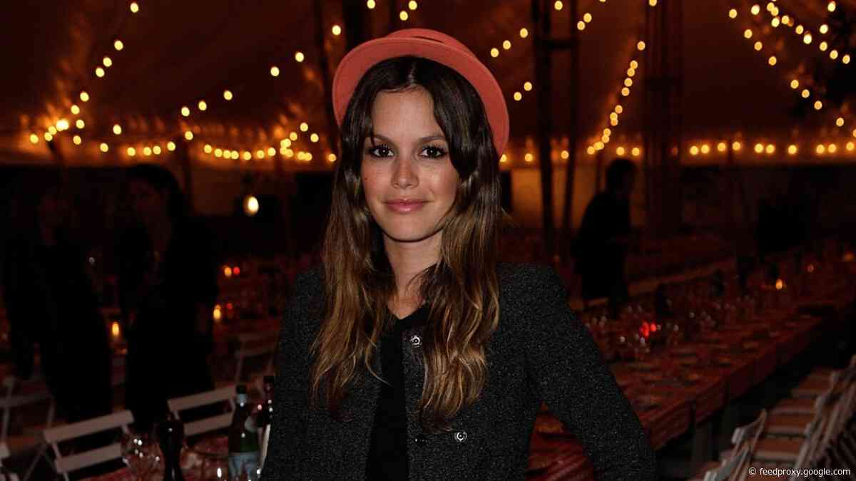 Great Outfits in Fashion History: Rachel Bilson at a Chanel Dinner in 2011