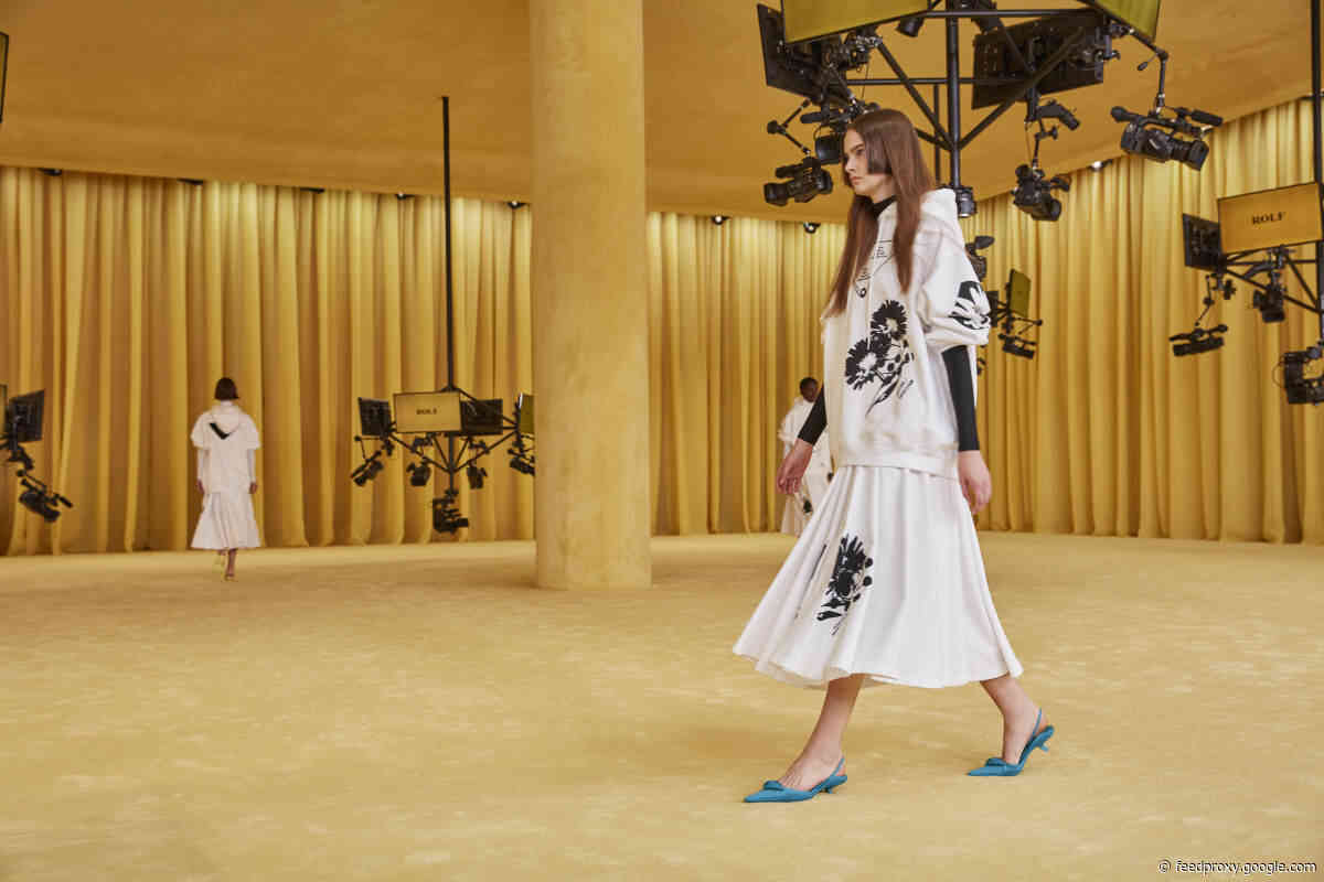 Raf Simons Makes His Debut at Prada With a 'Dialogue' of Style Signatures
