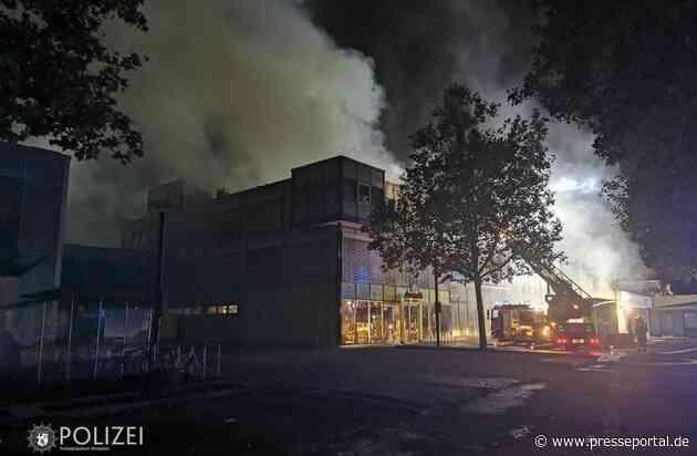 POL-PPWP: Großbrand in der Innenstadt zerstört zwei Gebäudekomplexe