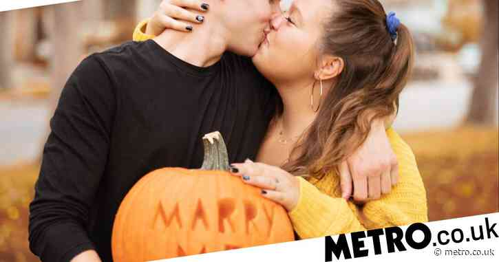 Man proposes to Halloween-loving girlfriend on carved pumpkin in heartwarming surprise