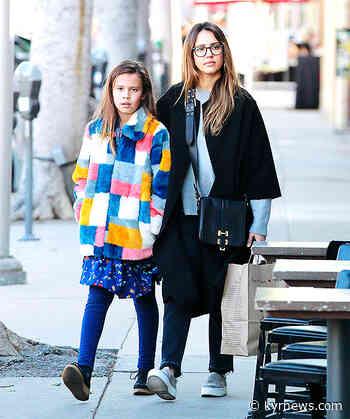 Jessica Alba & Lookalike Daughter Honor Bond In Sweet New Video – KYR news - KYR News