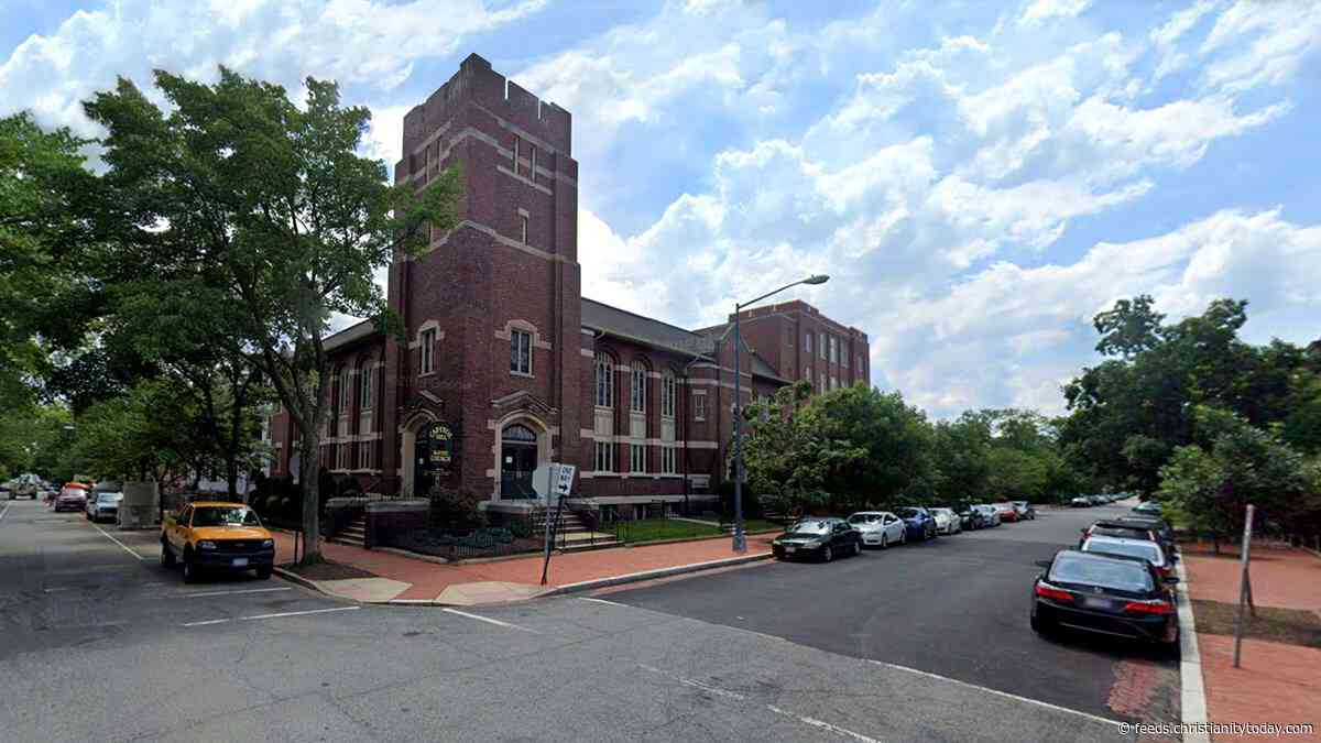 Mark Dever's Capitol Hill Baptist Sues to Not Forsake the Assembly