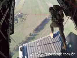 Terrestre - 20º B Log Pqdt adestra mestres de salto no lançamento de cargas em Campo Grande (MS) - defesanet