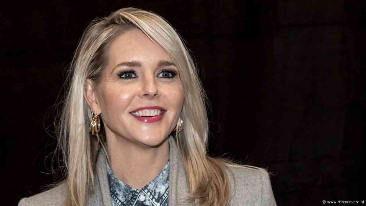 Chantal Janzen deelt foto van 'allergrootste trots en bezit' - RTL Boulevard