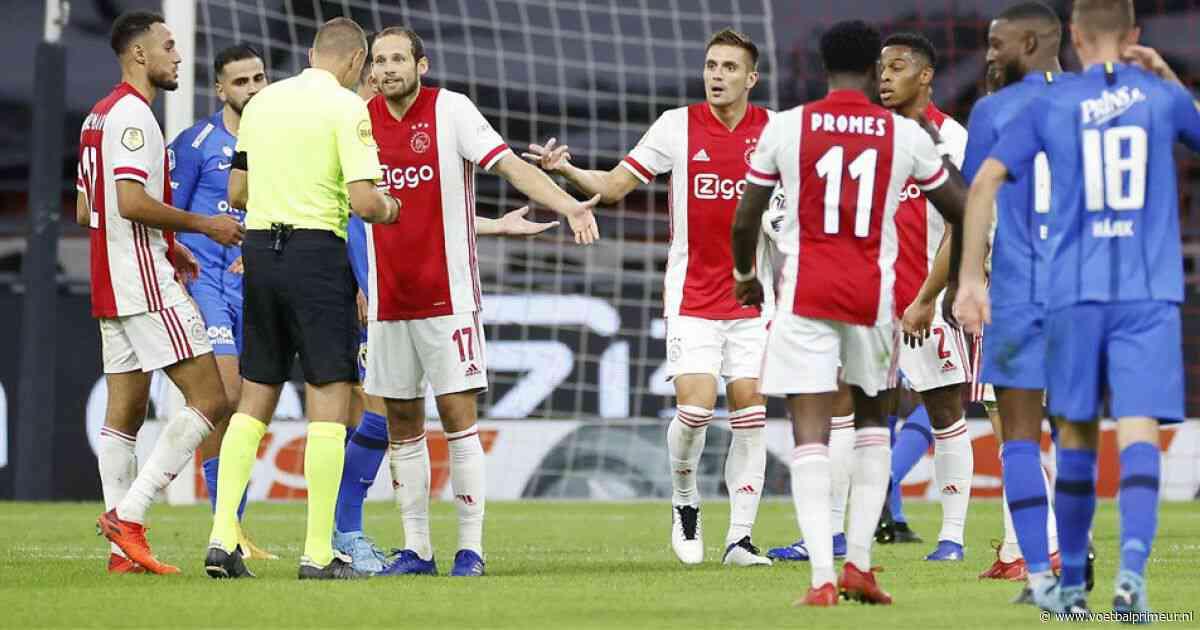 Tiental Ajax houdt Vitesse af en behoudt met moeite zijn maximale score