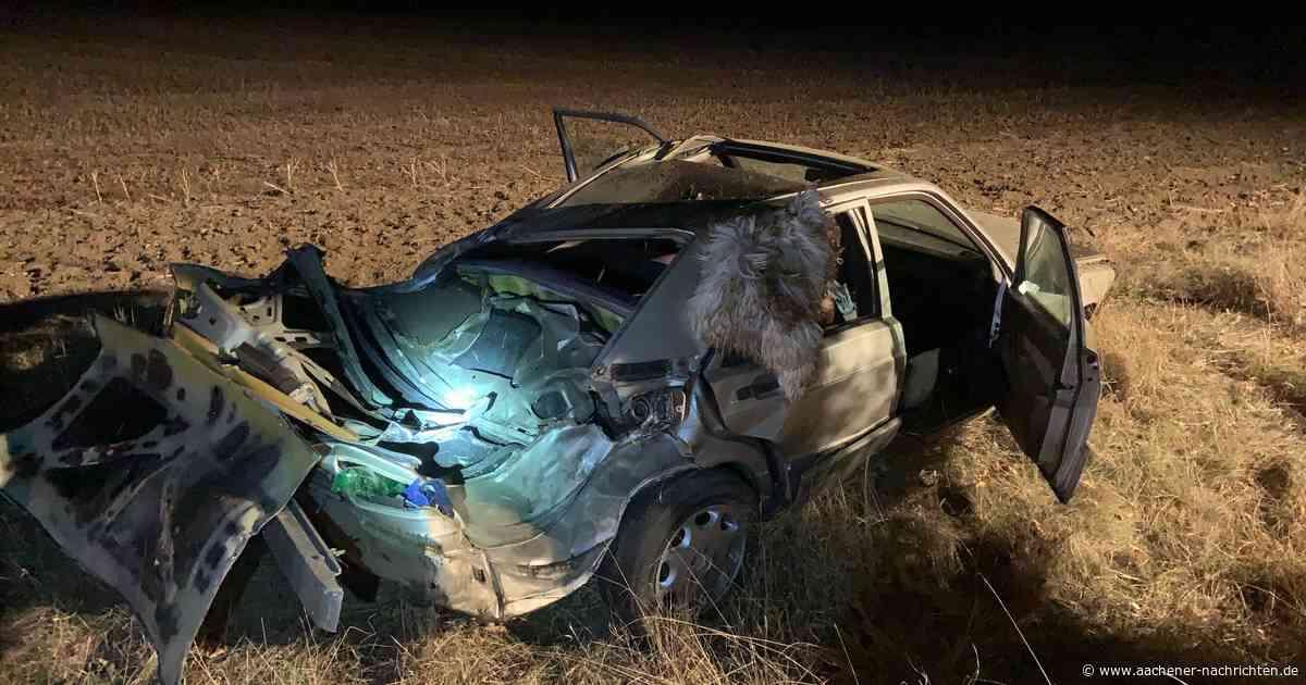 Erkelenz: Autofahrer prallt mit Fahrzeug gegen einen Baum - Aachener Nachrichten