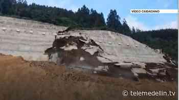 Cierre total en la vía Amagá- Titiribí por derrumbe - Telemedellín