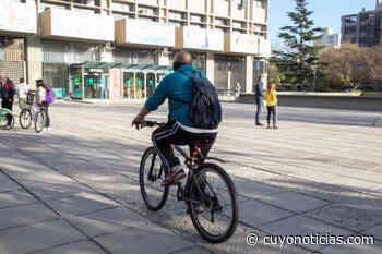 La Muni de la Ciudad de Mendoza recibió a sus trabajadores en bicicleta - Cuyonoticias