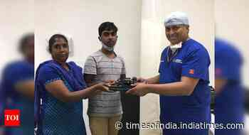 Bengaluru doctor donates gadgets to poor students - Times of India