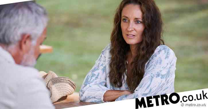 Home and Away spoilers: Roo confesses to a secret romance with Evan?
